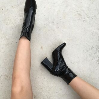 shoes boots high heels boots black boots patent shoes thick heel block heels tumblr patent boots thick heel boots