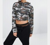 sweater,camouflage,cropped hoodie