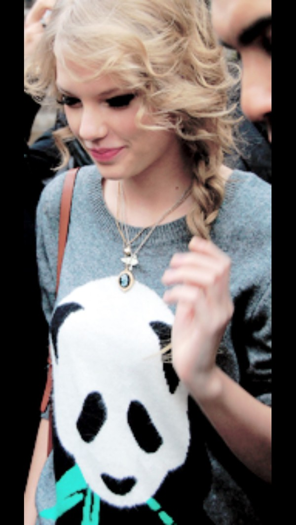 taylor swift panda knitted sweater oodt grey fashion cute adorable sweet knitwear sweater