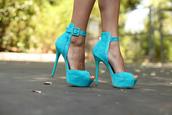 shoes,stilettos,high heels,aqua high heels,heels,aqua,aqua blue,chunky buckle