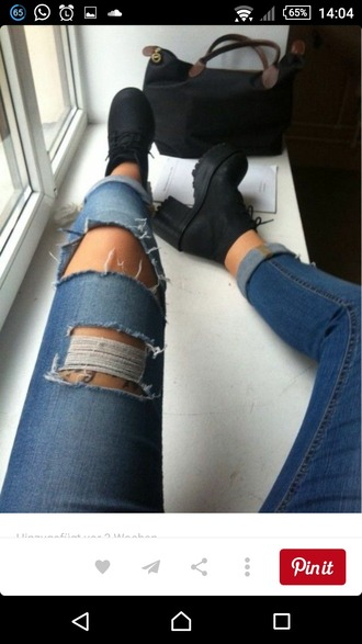 jeans ripped jeans ripped denim distressed denim black boots chunky boots chunky heels