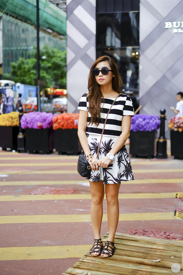 kryzuy blogger top skirt shoes sunglasses