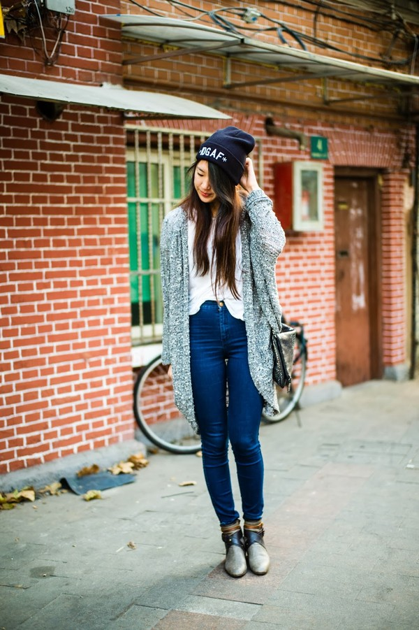 high stitched voice sweater jewels jeans t-shirt bag shoes