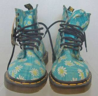 shoes daisy daisy shoes lovely shoes different style