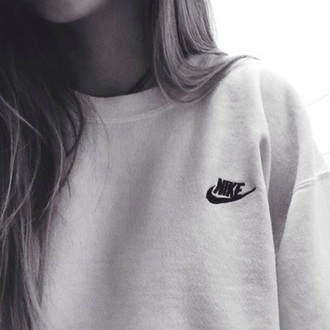 sweater grey grey sweater nike nike sweater logo nike logo black logo nike top pull white warm cozy boyfriend hoodie winter outfits outfit hair tumblr aesthetic aesthetic tumblr