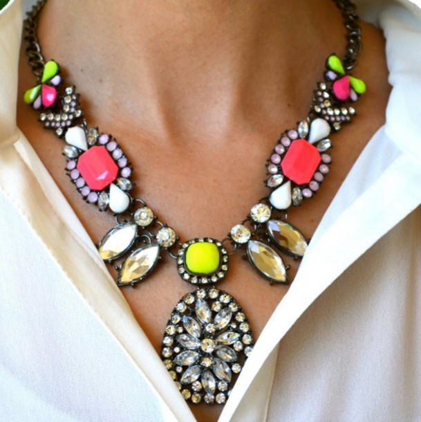 jewels statement necklace neon bright colorful jewelry fashionista blogger casual chic