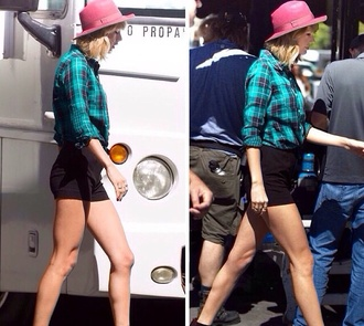 blouse taylor swift plaid shirt plaid taylor swift shirt blue purple green blue and green!? blue plaid plaid cropped top crop tops country