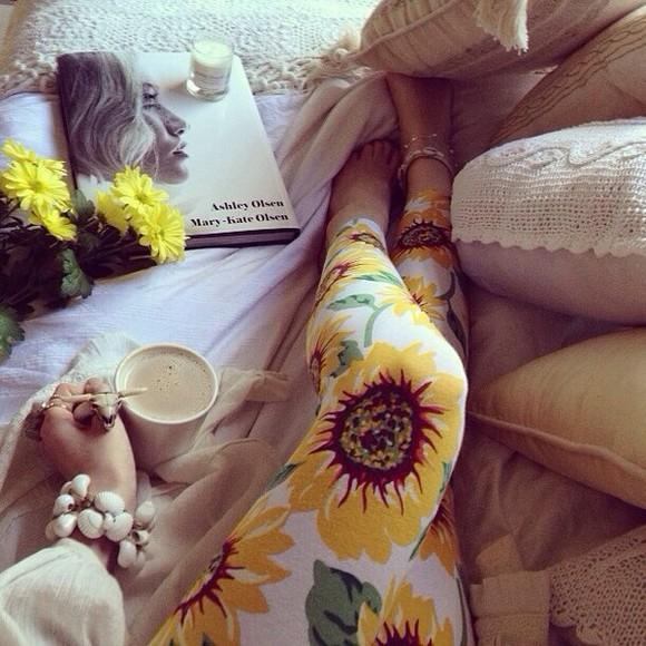pants print leggings floral yellow white leggings tights sunflower