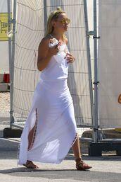 dress,kate hudson,summer outfits,summer dress,summer,flat sandals,maxi dress,sunglasses