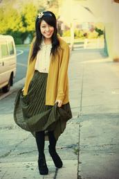 kani,brogue shoes,green skirt,brown skirt,skirt
