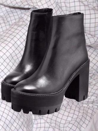 shoes black boots black boots heels tumblr rad fav