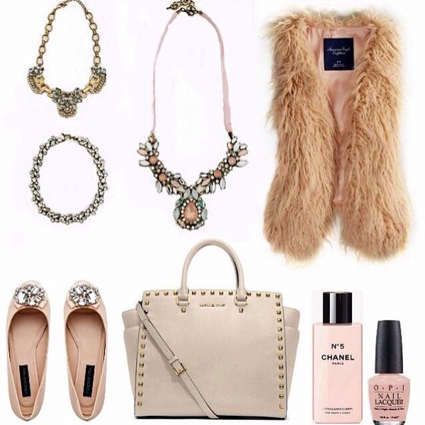 jacket handbag necklace jewels