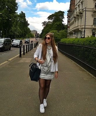 dress grey t-shirt t-shirt dress want love cute top i want this outfit helpmefindthis outfit cute dress cute dress! casual day dress daytime help ! where to get this top favourite uk england girl shirts