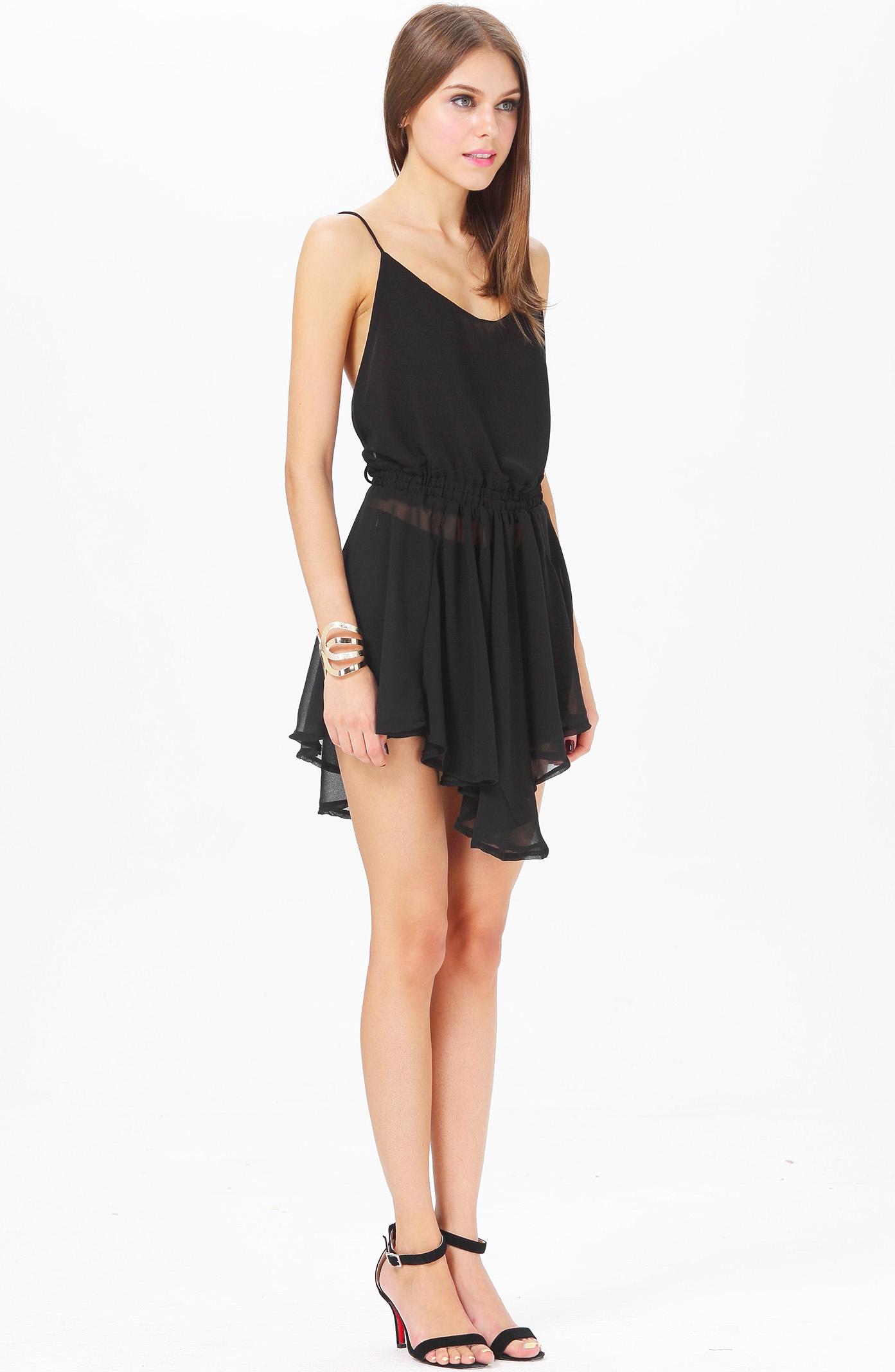 Mini Vestido plisado correa de espagueti-negro