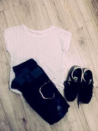 shoes nouvelle collection new balance zara dentelle ajourée jeans t-shirt white t-shirt blue jeans crop tops make-up