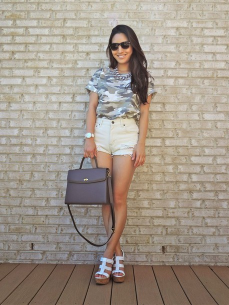 sensible stylista jewels top shorts shoes bag sunglasses