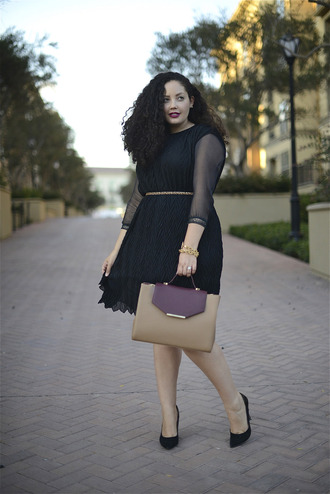 girl with curves blogger top belt bag jewels curvy little black dress plus size plus size dress