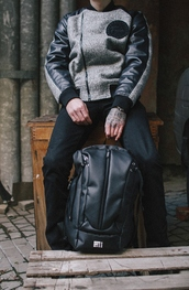 bag,backpack,rucksack,urbanbackpack,urbanbag,urbanrucksack,stylishbackpack,stylishbag,stylishrucksack,black,leather,leather bag,black and white,streetstyle,streetwear,street goth