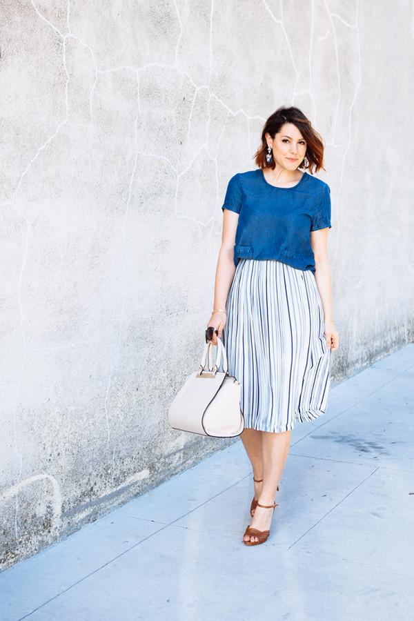 kendi everyday t-shirt skirt shoes