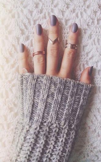 nail polish grey nail polish ring jumper grey