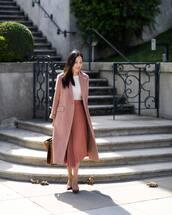 skirt,midi skirt,pleated skirt,high waisted skirt,blouse,coat,wool coat,handbag