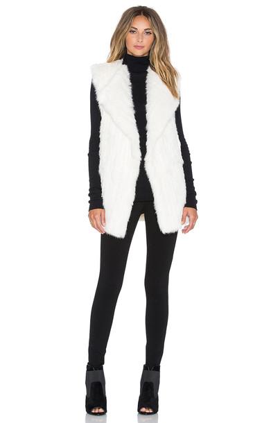 Diane Von Furstenberg vest fur vest knit back fur