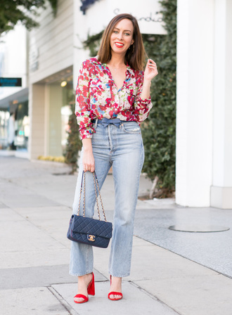 sydne summer's fashion reviews & style tips blogger top jeans bag belt jewels shoes make-up sandals gucci bag
