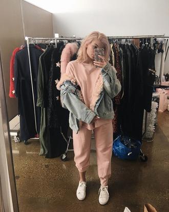 pants sweatpants sweatshirt denim jacket kylie jenner sneakers instagram kardashians sweater