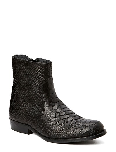 Shoebiz Short Boot (Black) - Køb og shop online hos Boozt.com