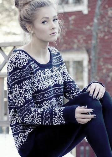 Retro snowflake striped sweater 072906