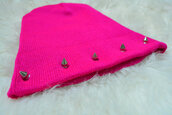 hat,beanie,pink,spiked,spikes,studs,studded,spiked beanie,pastel,grunge,punk,khaosity,shopkhaosity