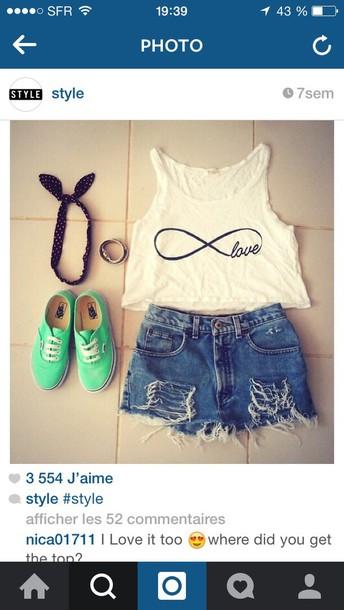 t-shirt shorts hair accessory shoes