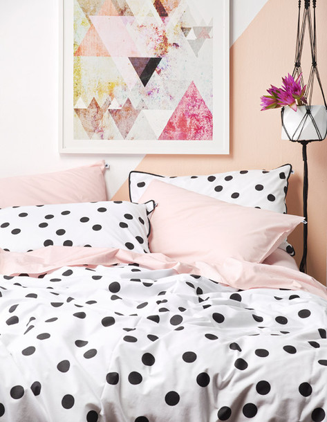 Black and white polka dot comforter memes for Polka dot bedroom designs