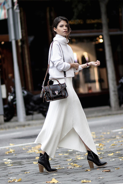 279e1e333f le fashion image blogger sweater bag skirt turtleneck sweater white sweater  long skirt white skirt shoulder