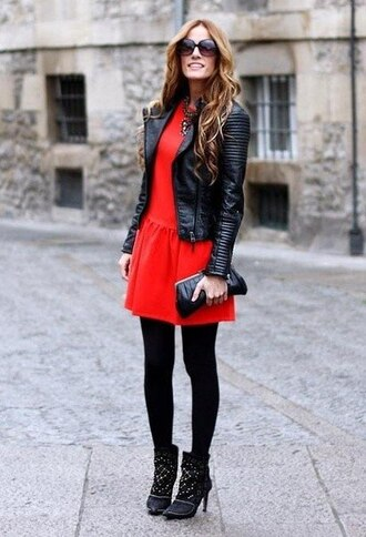 dress red dress skinny/red leather jacket boots purse black