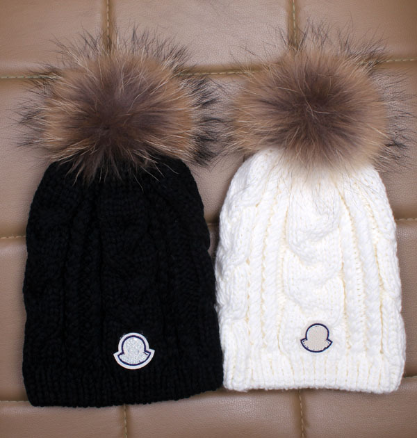 Brand Europe raccoon fur ball of wool knitted wool winter hat female winter  hat for foreign ... c4f13473d16