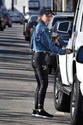 pants,lucy hale,celebrity,casual