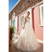 dress,gown,trainers,tulle dress,chapel train,champagne dress
