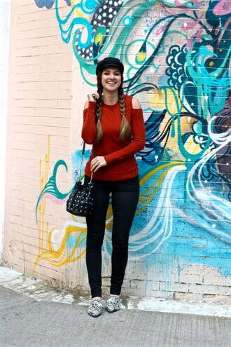 lamariposa blogger sweater pants bag fisherman cap bucket bag cut out shoulder loafers