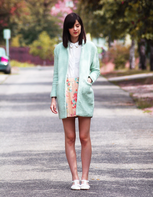 mes memos skirt shoes coat shirt