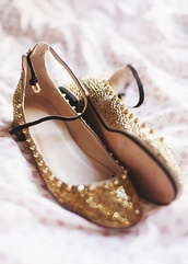 shoes,cute,spikes,glitter,girly,gold,black,flats,ballet flats