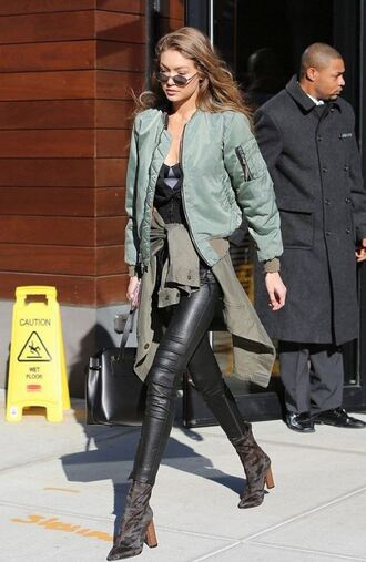 jacket bomber jacket boots top streetstyle celebrity style gigi hadid model off-duty fall outfits shoes