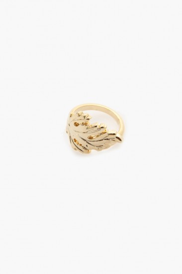 LoveMelrose.com From Harry & Molly | Single Leaf Knuckle Ring - Gold