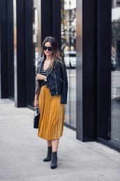skirt,midi skirt,pleated skirt,velvet skirt,blogger,studded ankle boots,perfecto,leather perfecto,t-shirt,blogger style,striped t-shirt,satchel bag