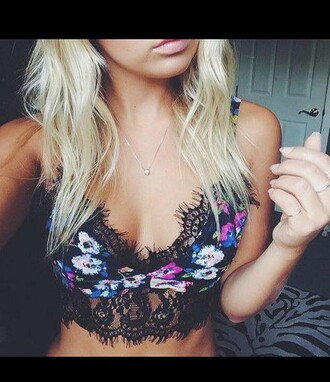 shirt flowers clothes top tumblr tumblr shirt tumblr bikini tumblr outfit tumblr top crop tops bandeau flower bandeau flower crop top lace lace top lace bandeau