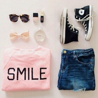 shirt shoes nail polish sunglasses bow jewelery converse black smile pink pink shirt black converse top cute shoes black bow clothes chic cool outfit modern hipster jeans