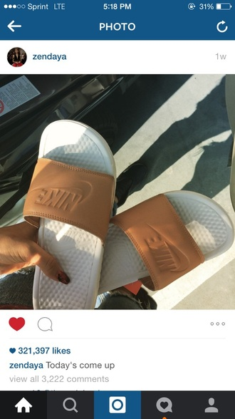 shoes zendaya nude nike sandals slide shoes