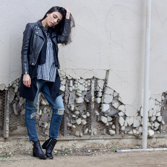 kris chérie blogger jewels jacket leather jacket ripped jeans black boots cropped jeans