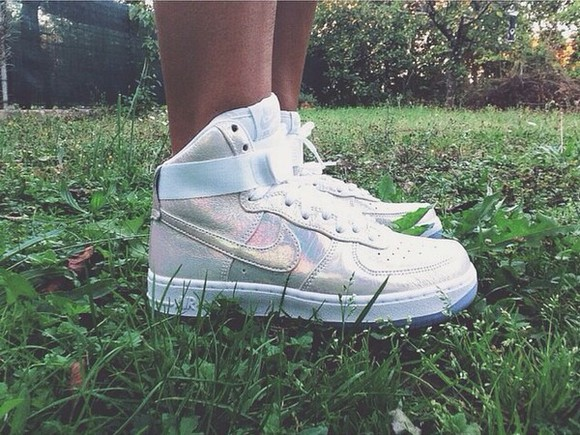 style nike sneakers nike air air force ones air force 1 air force air forces air force one shoes,air force 1,white,black, sneakers sneakers nike air max neon pink sneackers sneaker addicts gold