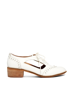 Shellys London | Shelly's London Loviri White Leather Cut Out Star Brogue Shoes at ASOS